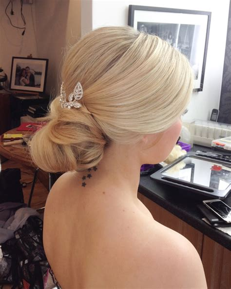 Wedding Hair And Makeup Uk by Wedding Makeup Artist In Berkshire Surrey