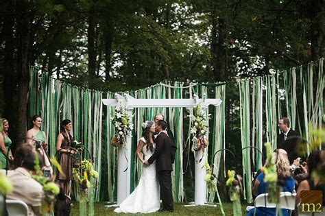 summer backyard wedding backyard wedding ideas and tips everafterguide