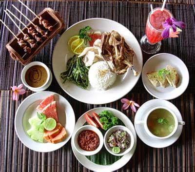 Pakan Udang Sawah bebek tepi sawah restaurant rumah makan di bali