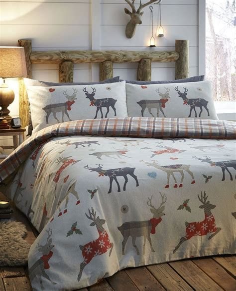 christmas pattern duvet cover best festive duvet covers for christmas nomipalony