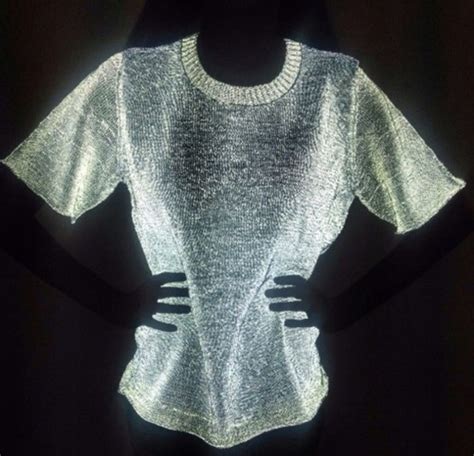 Tshirt Glowsind 4 blouse shirt white glow in the glow in the shirt material glow in the