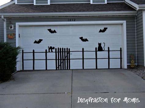 diy garage door decorations 42 smart last minute diy decorations to realize