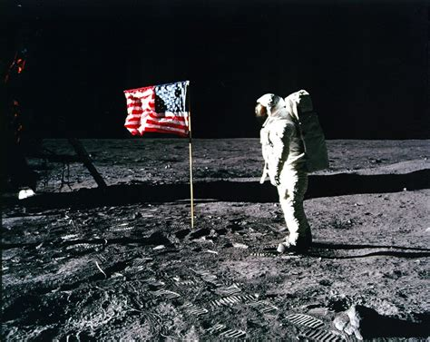 neil armstrong moon landing biography apollo 11 image gallery
