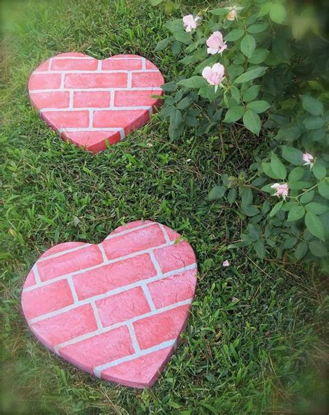 Garden Stepping Stones Ideas 20 Creative Stepping Ideas Hative