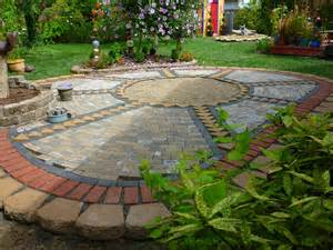 Patio Mosaic Wow Thats A Busy Garden Creating A Paver And Pebble
