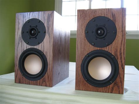 Handmade Audio - made f003 bookshelf speakers by span audio