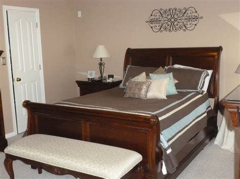 Bedroom Decorating Ideas Sleigh Bed Master Bedroom Sleigh Bed Decor Ideas
