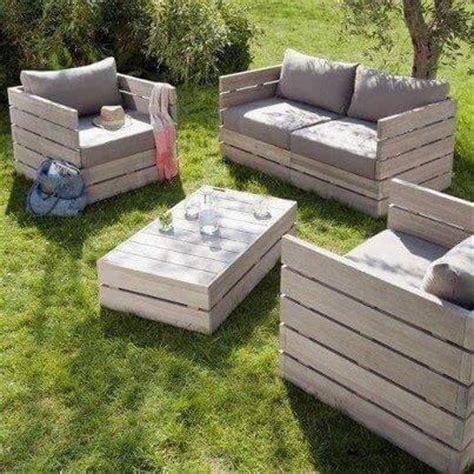 make your own garden furniture 9 diy ideas apartment geeks