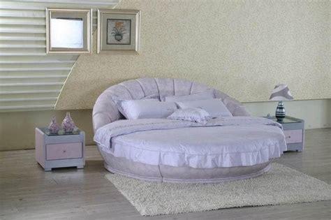 chambre lit rond chambre lit rond viva lit matelas table de chevet