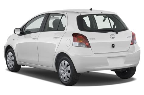 Toyota Yaris Mpg 2011 2011 Toyota Yaris Reviews And Rating Motor Trend