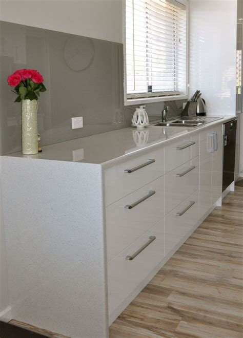 kitchen benchtop ideas waterfall edge with a laminate bench top can be a more