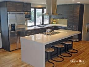 Laminate Cabinetry With Quartz Counters Modern Kitchen