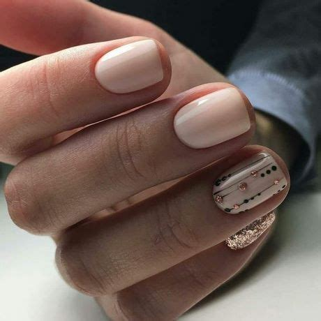 trendy nail colors winter