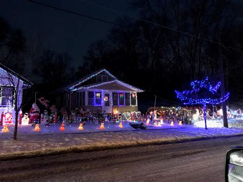 the economics of christmas lights american experiment