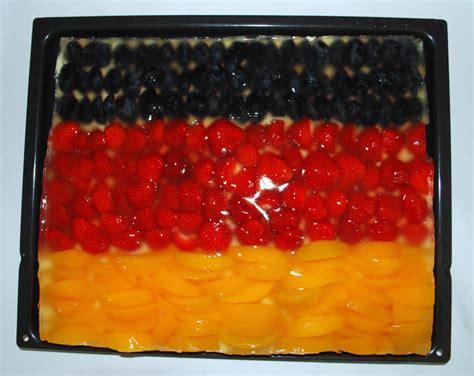 gläser für kuchen k 252 che k 252 che schwarz gold k 252 che schwarz k 252 che schwarz