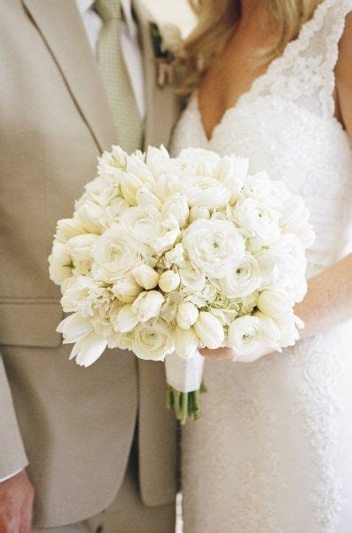 White Wedding Bouquet Flowers by Details Details White Bridal Bouquet With Ranunculus