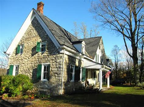 Fourplex by Old Stone House Hurley