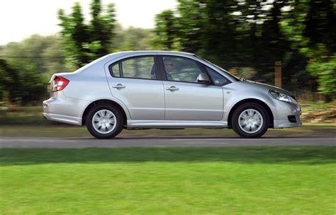 Suzuki Sx4 Reliability by Suzuki Sx4 Saloon Review 2009 2011 Parkers