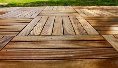 legno esterno pavimento pavimento esterno legno boiserie in ceramica per bagno