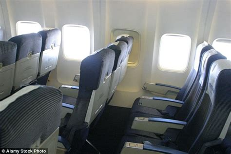 what airline has the seats us congressman steve cohen is fighting to set a minimum