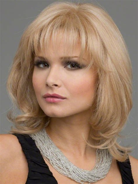 round faca hair cut over 40 medium length hairstyles for women over 40 with round