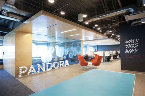 Front Desk Hq by A Look Inside Pandora S Sleek Boston Office Officelovin