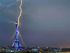 Lightning Struck Architecture Corner Lightning Strikes In The Cities