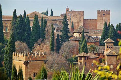 ahora granada la alhambra es granada paseo fotogr 225 fico por la alhambra y el palacio del generalife ofertas viajes baratos