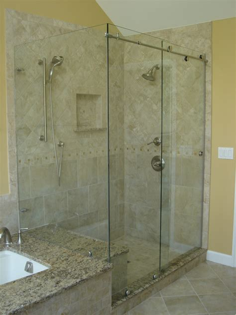 Showers With Glass Doors Bypass Sliding Shower Doors Modern Glass Designs