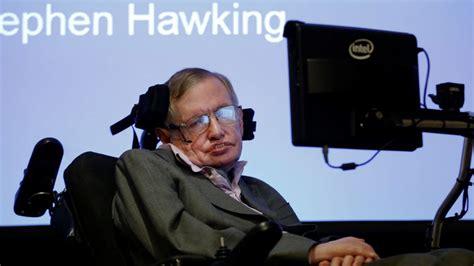 cientifico en silla de ruedas subastan silla de ruedas que perteneci 243 a stephen hawking