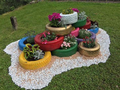 Garten Deko Autoreifen by Diy Autoreifen Dekorativ Im Garten Haus Garten Forum