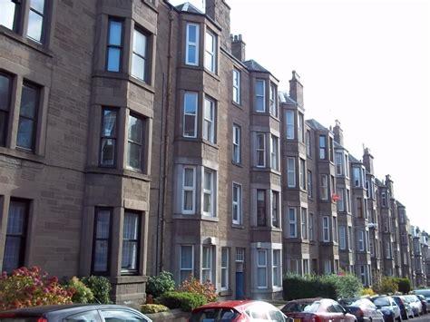 2 bedroom flats in dundee 2 bedroom flat to rent in bellefield avenue dundee dd1 dd1