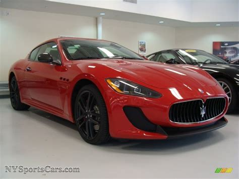 red maserati 2012 maserati granturismo mc coupe in rosso mondiale red