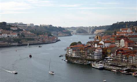 cosa visitare a porto portogallo cosa vedere visitare mangiare e dove alloggiare a porto