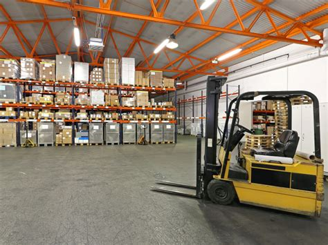 warehouse layout forklift what s the right warehouse rack system for your operation