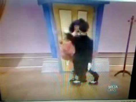 big comfy couch dance academy big comfy couch dance academy the falling down