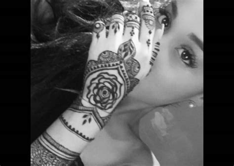 henna tattoos cultural appropriation grande s henna use becomes a conversation about