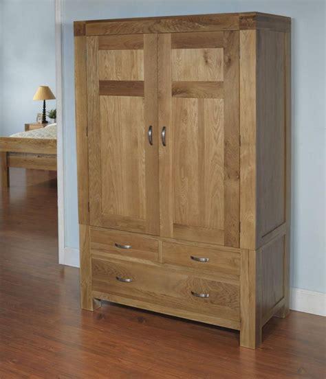 White Wood Wardrobes Uk by Best 25 Wooden Wardrobe Ideas On Wooden
