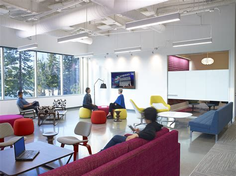 space room lounge take a look at linkedin s new sunnyvale office officelovin