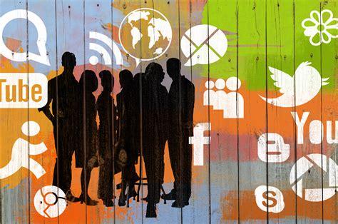 imagenes de adolescentes usando redes sociales el papel de las redes sociales en el desarrollo de la