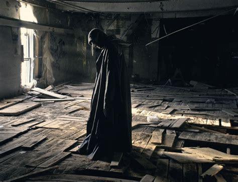 imagenes oscuras de soledad 100 fotos que expresan desolaci 243 n y soledad im 225 genes