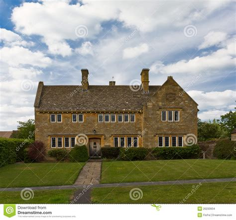 Cottages In Broadway Cotswolds by Cottage In Cotswolds Broadway Uk Stock Images Image
