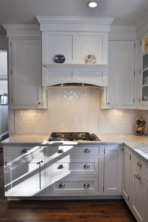 under cabinet vented range hood gas cooktop with under cabinet lighting built in hood