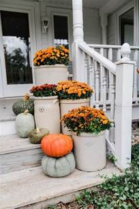 Front Porch Fall Decorating Ideas - 29 best farmhouse fall decorating ideas and designs for 2017