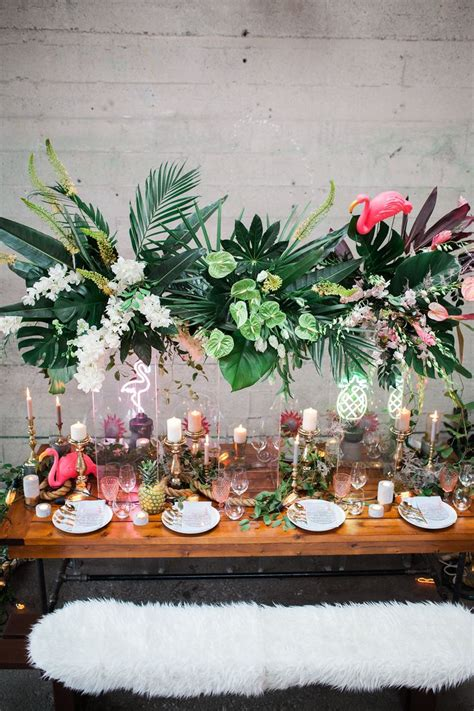 hawaiian table decorations ideas 25 best tropical weddings ideas on tropical