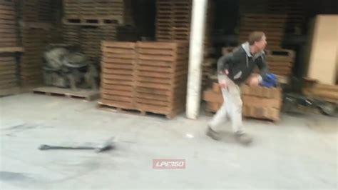 Alkafil Alkoholik Kasa w ko蜆cu musi si苹 uda艸 sadistic pl