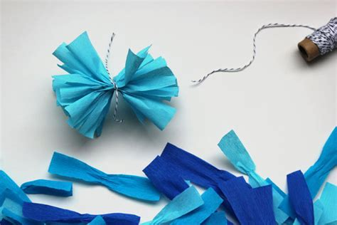 Crepe Paper Pom Poms How To Make - diy crepe paper pom garland project wedding