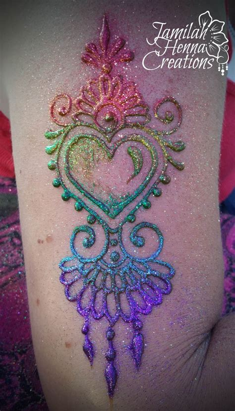 henna heart tattoo best 25 henna ideas on tattoed