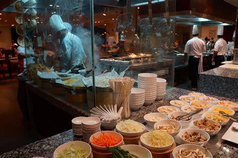 renaissance hotel buffet cafe bld buffet renaissance johor bahru hotel review thesmartlocal