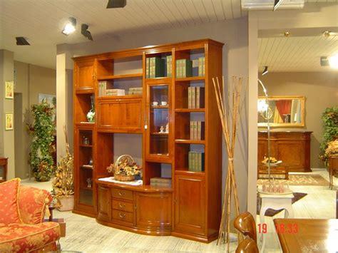 mobili soggiorno in legno massello soggiorno in legno massello di ciliegio